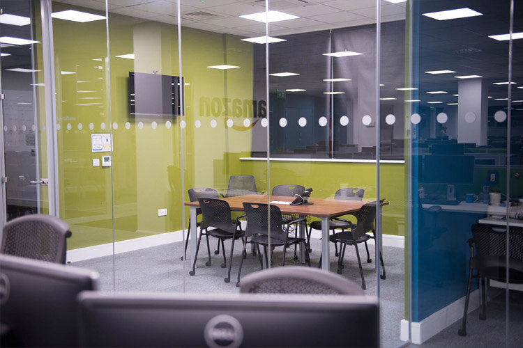 Amazon Project Phase 2 Boardroom Amp Meeting Room Fitout By