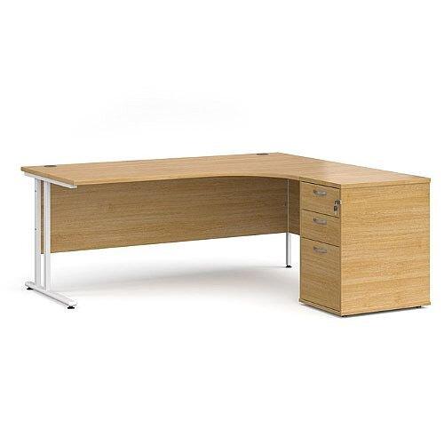 Maestro 25 WL right hand ergonomic desk 1800mm with white cantilever frame and desk high pedestal - oak