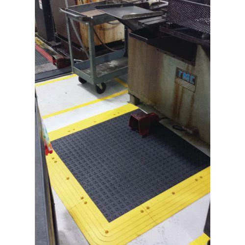 Anti-Slip Interlocking Floor Kit Solid Deck 2130x1070mm