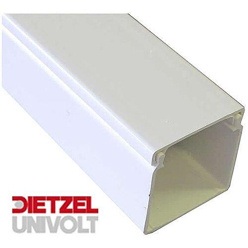 150mm x 150mm PVC Maxi Trunking 3m lgth - White