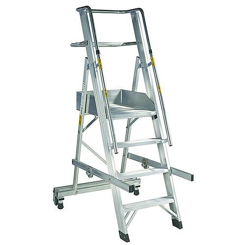 EN131 Mobile Folding 4 Tread Ladder With Platform Max Height 2.07M Platform Height 1.07M