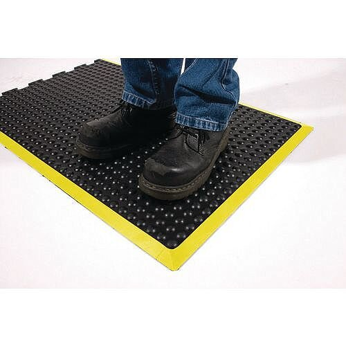 Bubblemat With Yellow Edge Interlocking End Tile 0.6M X 0.9M