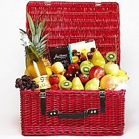 Fruit, Wine & Chocolate Hamper