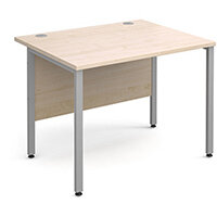 Maestro 25 SL straight desk 1000mm x 800mm - silver H-Frame, maple top