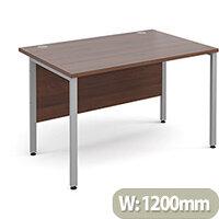 Maestro 25 SL straight desk 1200mm x 800mm - silver H-Frame, walnut top