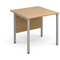 Maestro 25 SL straight desk 800mm x 800mm - silver H-Frame, oak top