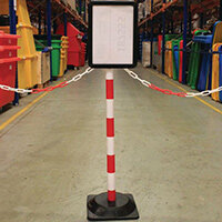 Freestanding Red/White Post With Square Rubber Base And Sign Holder
