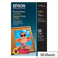 Epson - Glossy - 127 x 178 mm - 200 g/m² - 50 sheet(s) photo paper - for Expression Home HD XP-15000; Expression Premium XP-540, 6000, 6005, 900